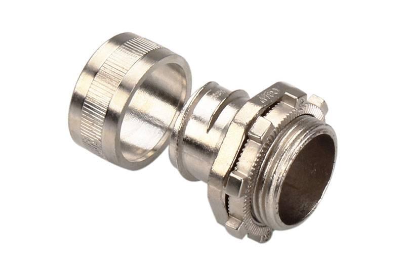 Raccord du tuyau flexible métallique à protection électrique pour applications à faible feu) - Série AZ01