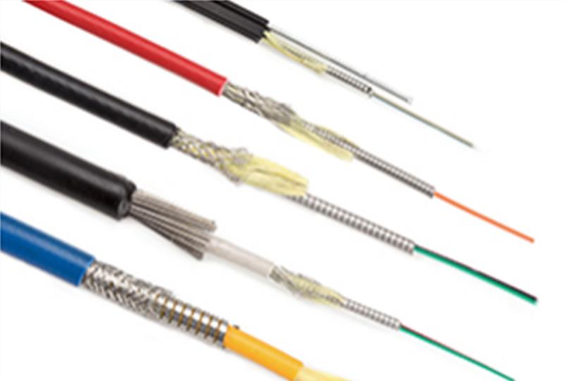 Câble à fibre optique blindé